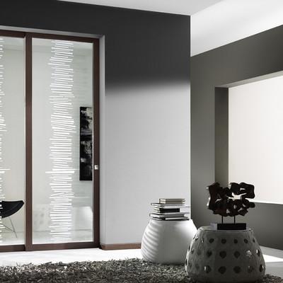 porta con vetri decorati