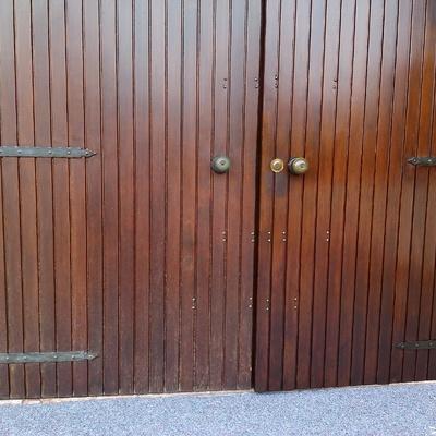 Portone in legno