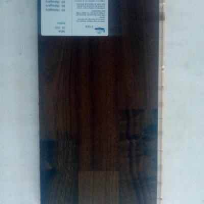 prefinito  legno 3 strip Afr. Mahogany