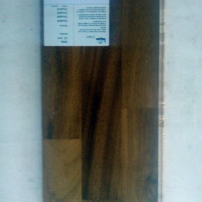 prefinito legno 3 strip Doussiè