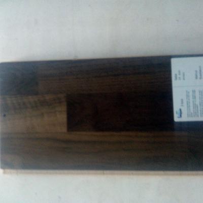 prefinito  legno 3 strip Noce