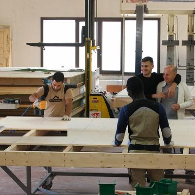 Realizzazione tetti e pareti prefabbricati in X-Frame