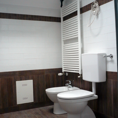 realizzazione bagno in vano scala