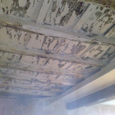 Restauro soffitto in legno - prima