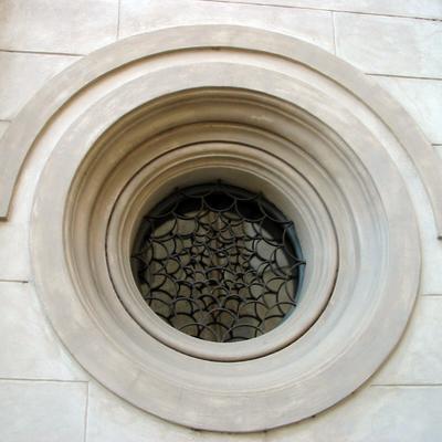 Rifacimento cornici sia in gesso che in cemento