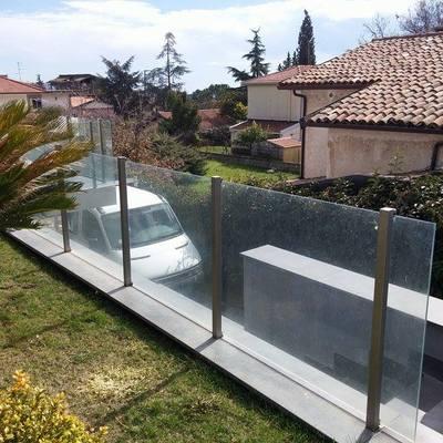 Ringhiera in acciaio inox con vetro