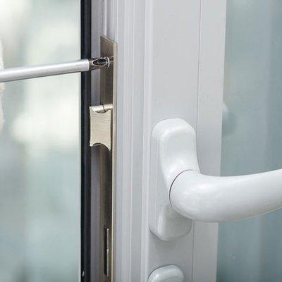 Riparazione serramenti e infissi