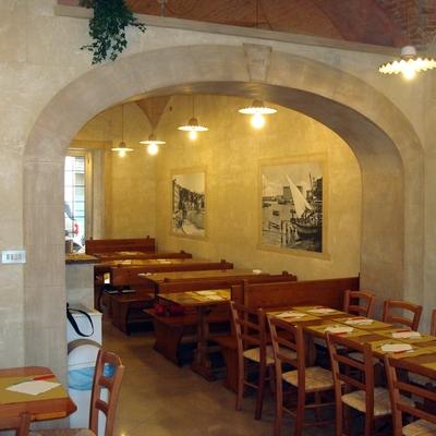 ristrutturazione e decorazione in travertino romano, ristorante