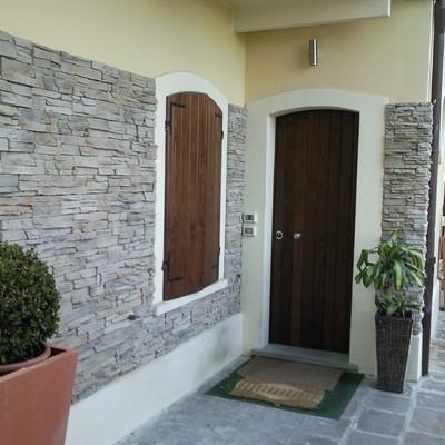 Rivestimento casa muro in pietra