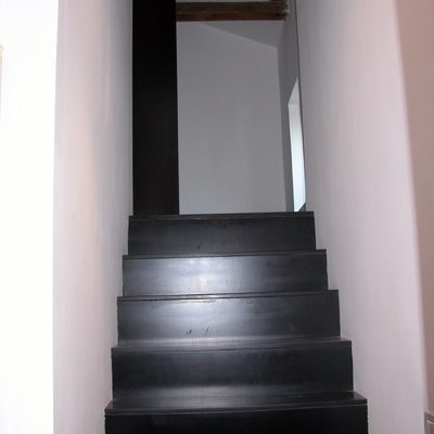 Scala accesso mansarda (loft al centro storico in Roma Colosseo)