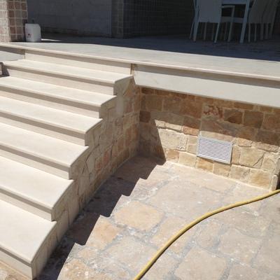 scala e portico esterno