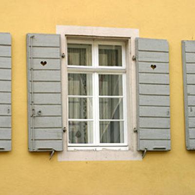 Scuri e finestra