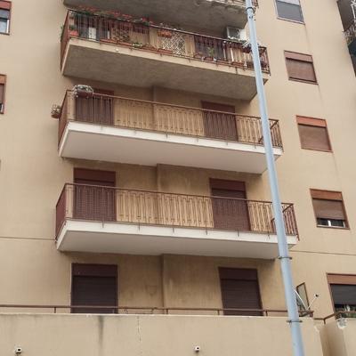 secondo e terzo piano balconi rifatti