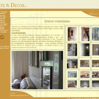 Pagina web di lavori a stucco veneziano con svariate decorazioni, descrizione e caratteristiche di realizzazioni di prestigio, sopra svariati materiali, come:colonne in PVC, cartongesso, gesso, cemento e rinzaffo.