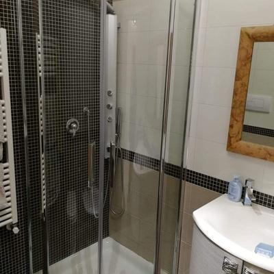 Box doccia rotondo battente