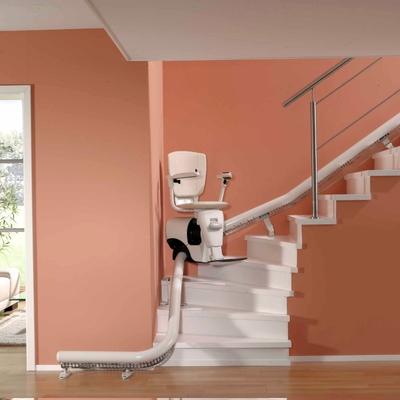 Servoscala a poltrocina per tutte le scale interne 2