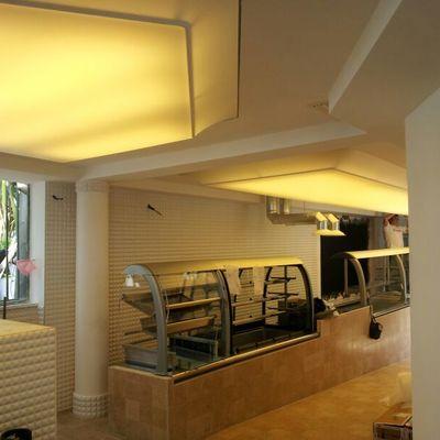 soffitto teso Barrisol bar Hotel Vittoria - Pompei