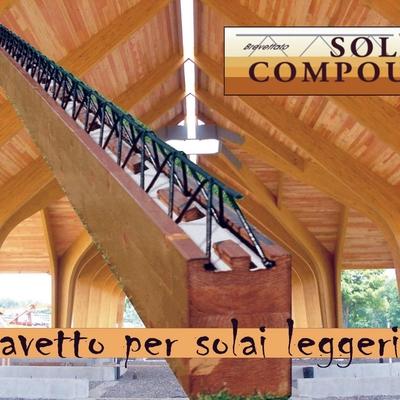 Solaio compound in un tetto a Napoli