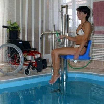 Sollevatore per piscina