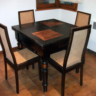 tavolo e sedie restaurate