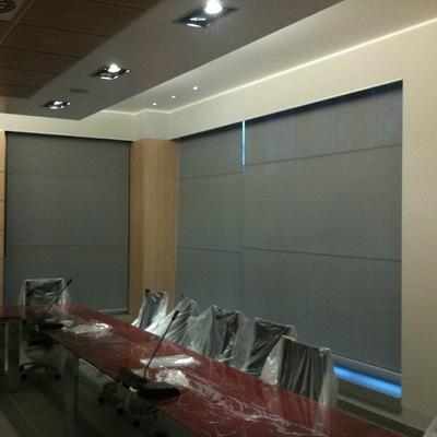 tendaggio tecnico a rullo uffici direzionali