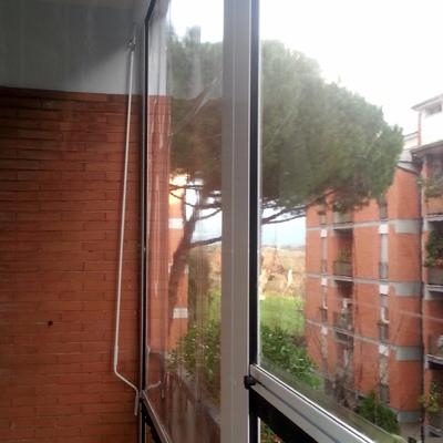 Tende antipioggia in PVC trasparente con guide laterali