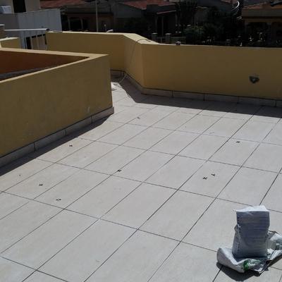 terrazza con pavimentazioni
