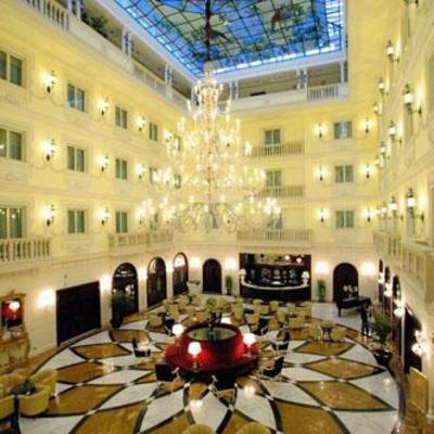Velario in Vetrata Artistica per il Grand Hotel Vanvitelli Caserta