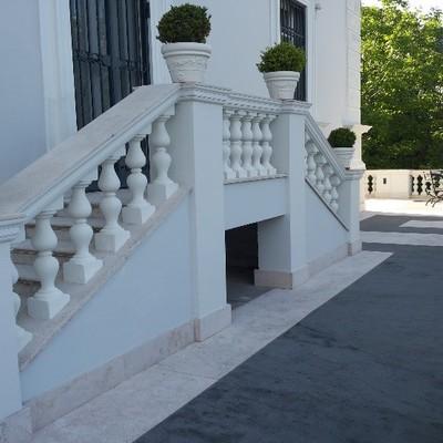 costruzione scale ingrasso Villa augusta
