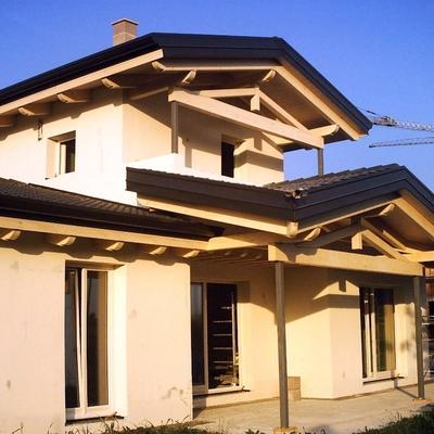 villetta con tetto in legno