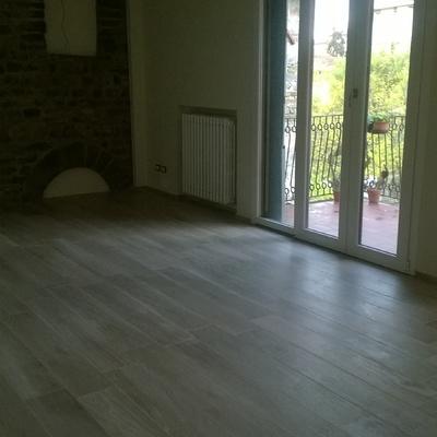 pulizia appartamento. lavaggio vetr e lavaggio meccanico pavimento