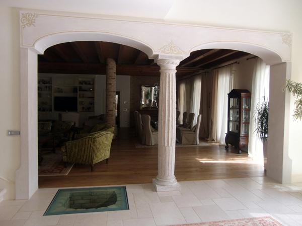Foto archi in cartongesso con colonna centrale di trevi cartongesso 43715 habitissimo - Cucine con arco ...