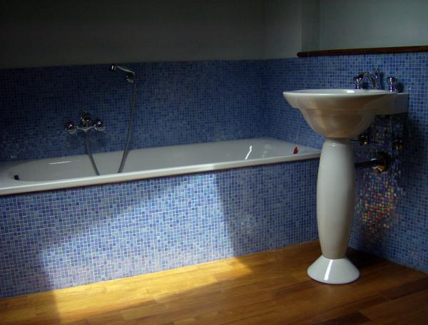Bagno Legno E Mosaico : Foto bagno in mosaico e legno di edilmanfrè habitissimo