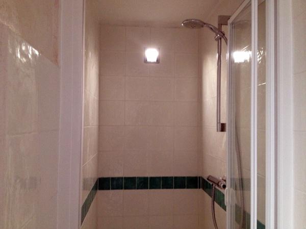Foto cabina doccia in muratura di ad sistem di alessandro d 39 angeli 157784 habitissimo - Cabina doccia muratura ...