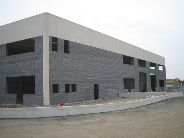 Foto capannone concorezzo mb di fumagalli srl 242411 for Fumagalli case prefabbricate prezzi