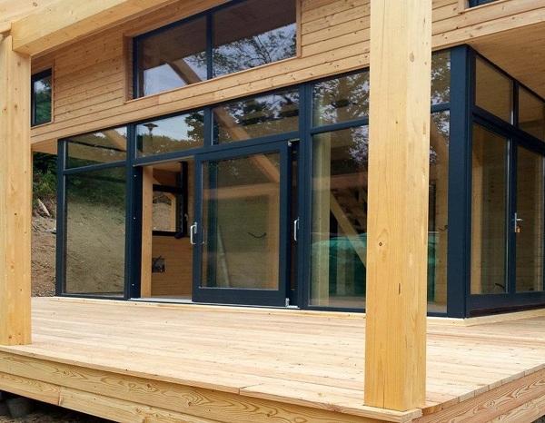 Foto case in legno di casa natura o m company 359284 for Garage pont de salars