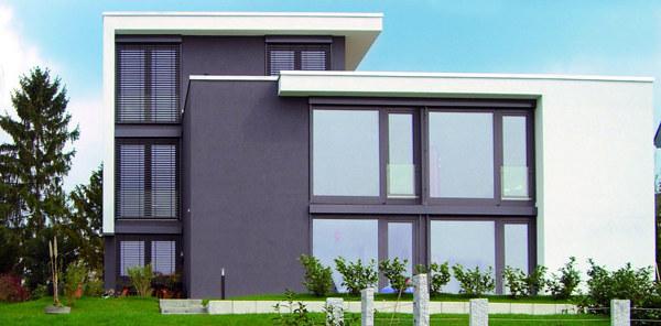 Foto casa prefabbricata moderna di giovanni quesada for Casa ecosostenibile prefabbricata
