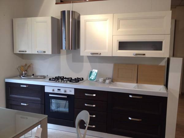 Foto: Cucina Bianco-rovere Grigio di Falar Arredamenti #270000 ...
