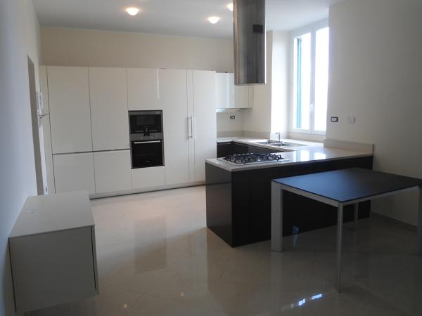 Foto: Cucina e Sala da Pranzo Insieme di Baldini S.r.l. #255500 ...