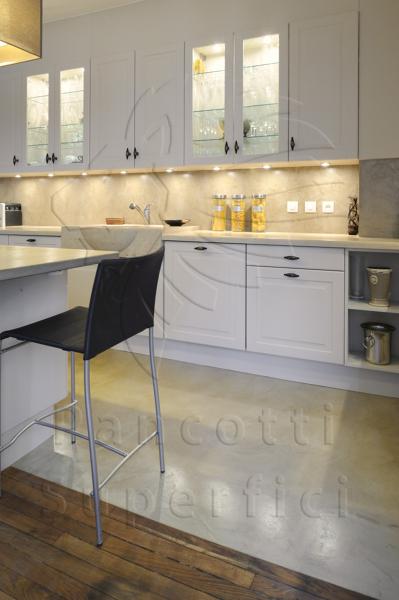 Foto cucina pavimento e paraschizzi di pancotti superfici 186441 habitissimo - Pannelli rivestimento cucina prezzi ...