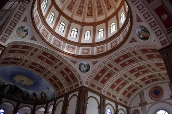 Foto ruffini decorazioni cupola vele soffitto a cassettoni finto
