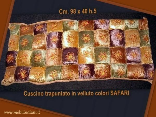 Foto cuscino etnico per panche di mobili etnici 113711 for Arredamento etnico bari