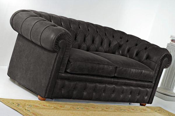Foto divano chester con letto di santambrogio 147353 for Divano letto bolzano