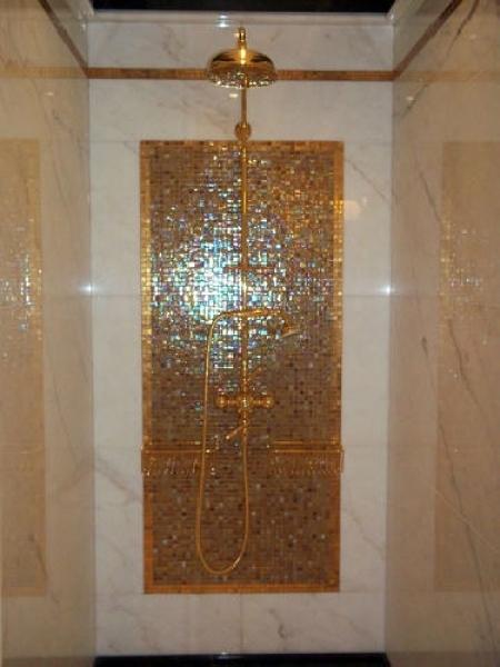 Foto: Doccia Mosaico In Oro di Style House Ristrutturazioni #74292 - Habitissimo