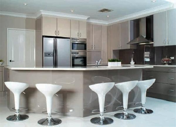 Foto: Esempio Cucina Moderna Laccata su Misura di Falegnameria ...