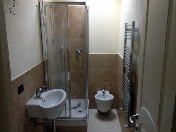 Foto esempio di bagno piccolo di marec srl 125195 for Piccolo bagno mediterraneo