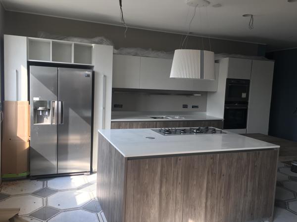 Foto: Cucina con Isola Centrale di Pr.progetti #611297 ...