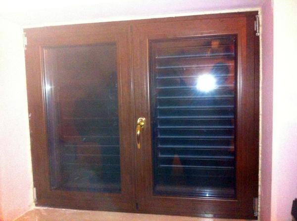 Foto finestra in taglio termico 80 ferramenta a nastro roto vetro doppia camera di solimena - Cambiare vetro finestra ...