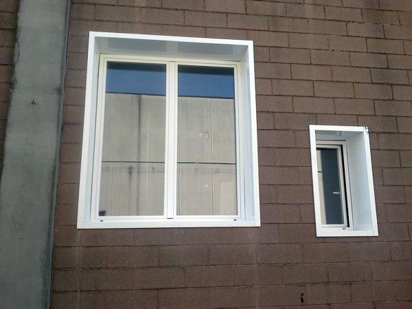 Foto finestre con imbotte in alluminio di luca francesco for Finestre in alluminio anodizzato