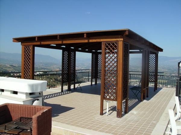 Foto gazebo in legno di pino di d 39 antonio esterni 105688 for Gazebo da terrazzo